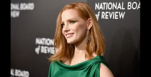Jessica Chastain deslumbró luciendo joyas Piaget en la gala del National Board of Review